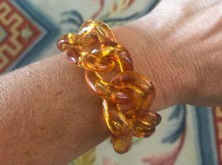 unbelievable-bracelet-Verili